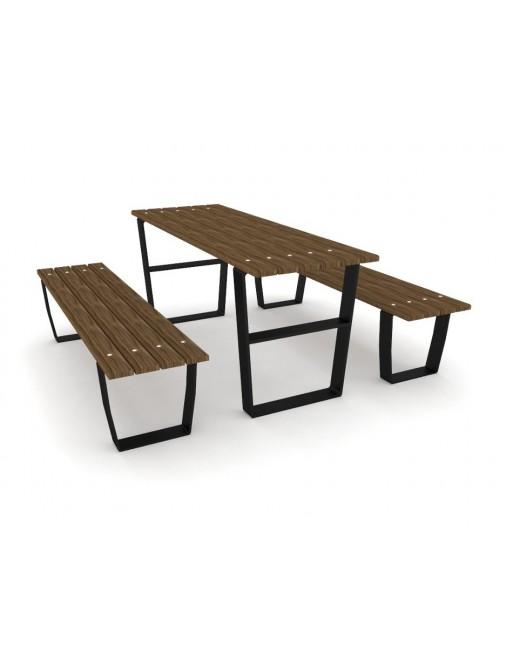 Stalas su suoliukais 0914